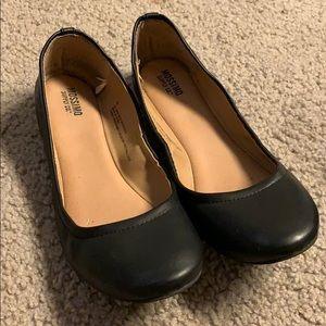 Mossimo dress shoes